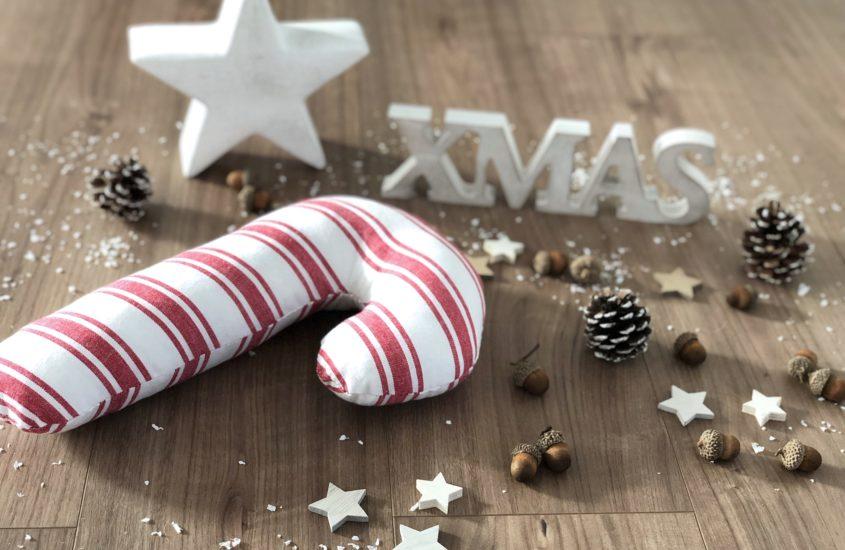 Weihnachtliche Quietschie-Zuckerstange